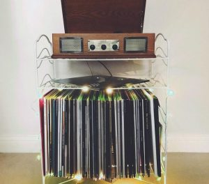 best-urban-outfitters-record-players